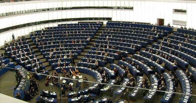 Global democracy: What's going on in the European Parliament?