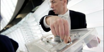 The 2014 European elections : true hope for democracy or fear in the face of nationalists ?