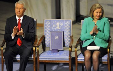 The empty chair, but Democratic Vistas radiate