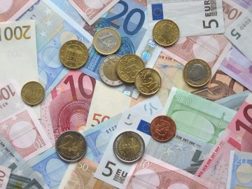 20th anniversary of the euro: assessing Europe's single currency