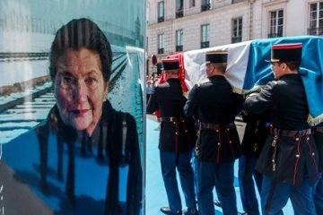 To Simone Veil, the Young Europeans are grateful