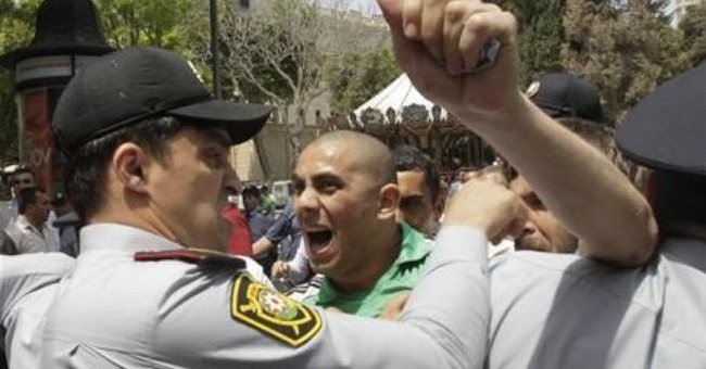 Eurovision 2012: Pro-democracy campaigners arrested in Baku as song contest begins