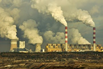 Poland fires against climate goals