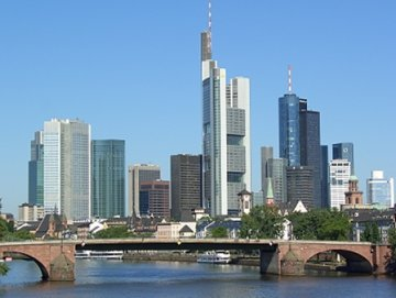 Should the City move to Frankfurt ?