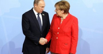 Merkel – Putin meeting : did two lone leaders find their pragmatism ?